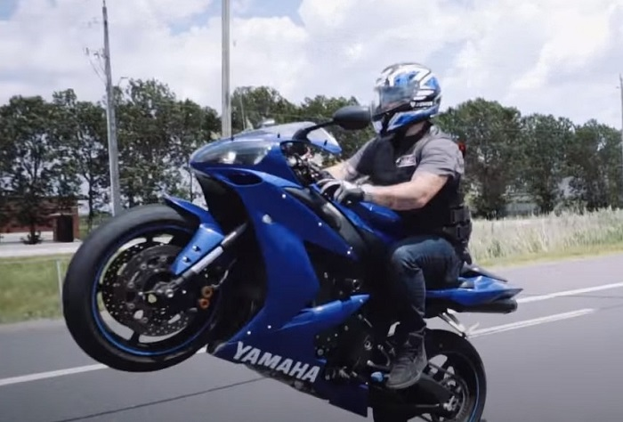 Are Wheelies Bad For Your Motorcycle